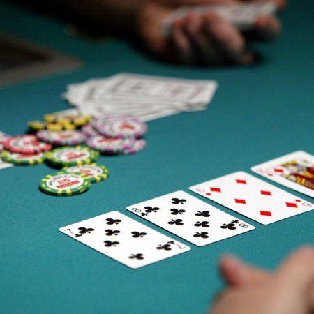 Làm thế nào để chơi Poker?