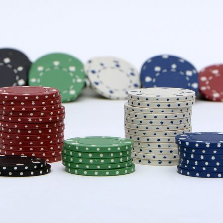 Cơ bản về Cược Poker