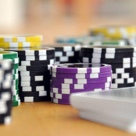 Giới hạn đặt cược trong Poker