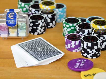 How To Select The Correct Bet Size In Poker?