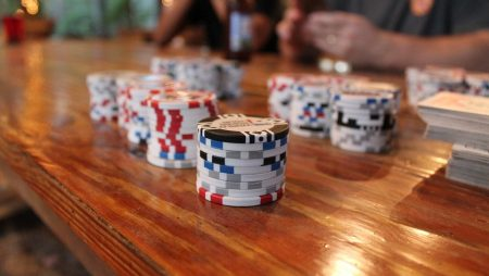 Full Ring Cash Game Vs. 6-Max Cash Game