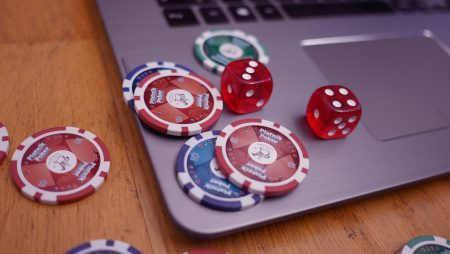 Learn Simple Tactics to Beat Beginners at Poker