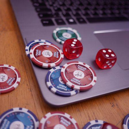 Impara semplici tattiche per battere i principianti a poker