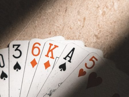 How to Bet a Flop?