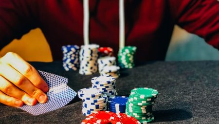 How to Play Aggressive Poker Players?