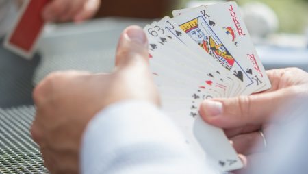 What Are The Different Styles To Play Poker?